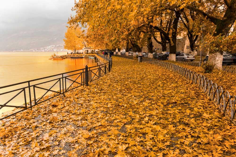 Осень в Греции