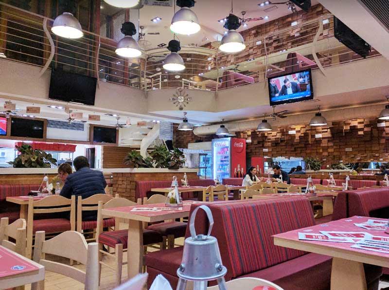 Ресторан в аэропорту Ираклиона