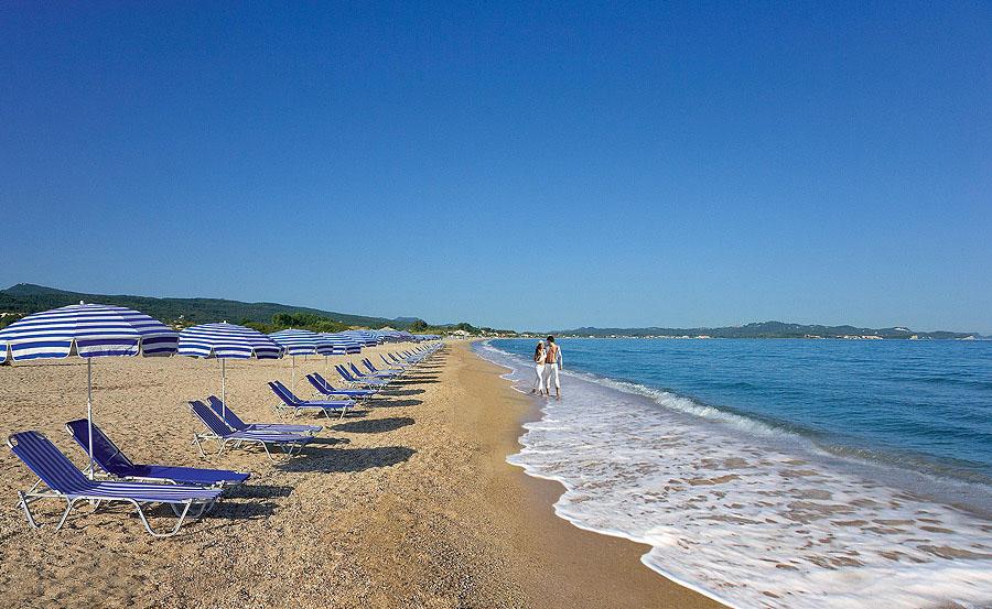 Пляж Ахарави Корфу