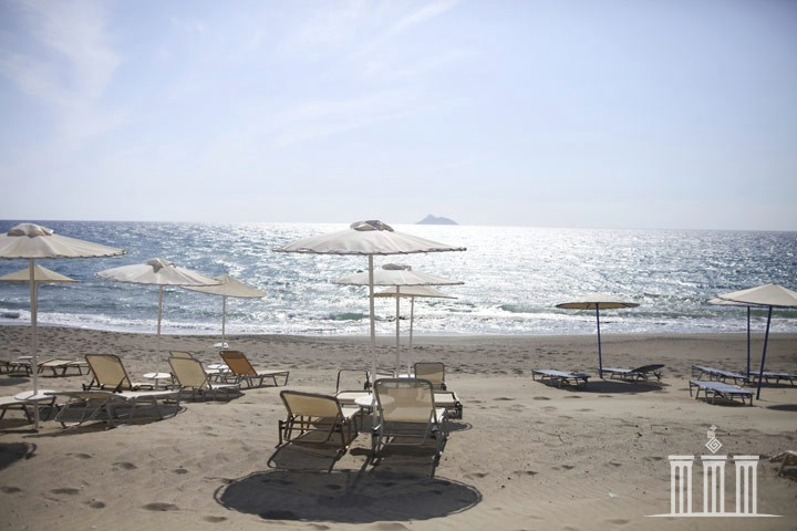 Пляж Каламаки Корфу