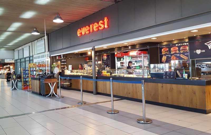 Кафе в аэропорту Родоса