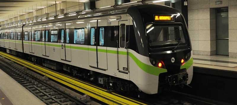 Поезд метро до аэропорта Афин