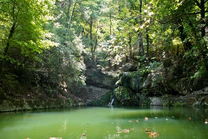 Озеро в долине бабочек на Родосе