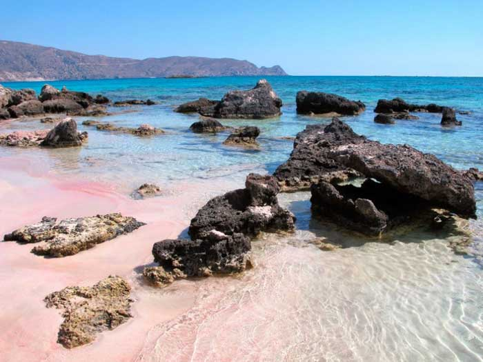Крит розовый пляж