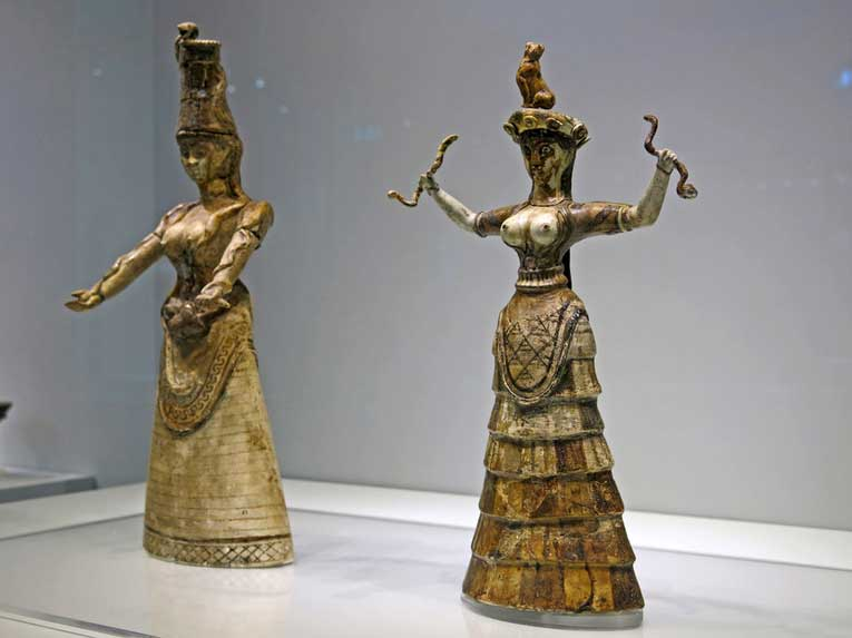 статуэтки «Богиня со змеями»