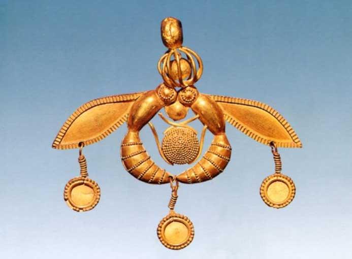 Золотая подвеска «Пчелы и капля меда»