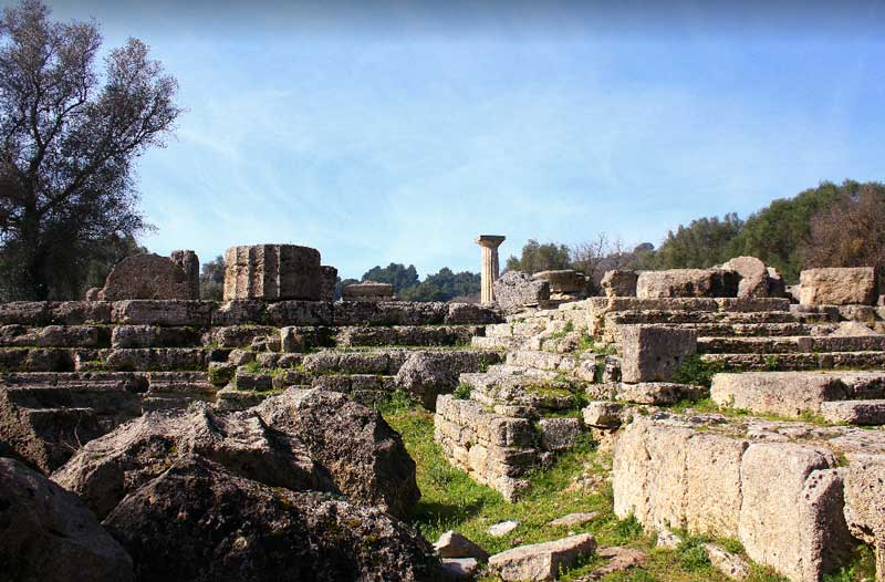 Величие Храма Зевса на Пелопоннесе