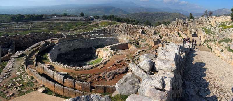 Развалины древнего города Микены