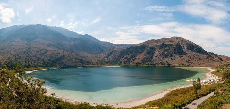 Горное озеро Курнас Крит