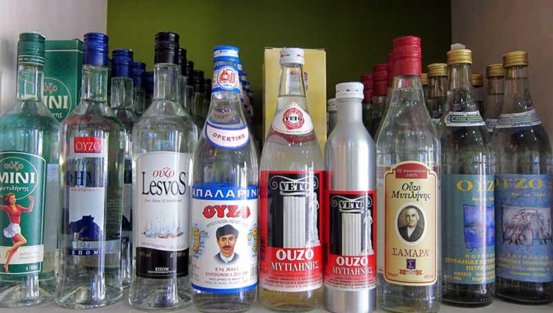 Как и из чего делают греческую водку