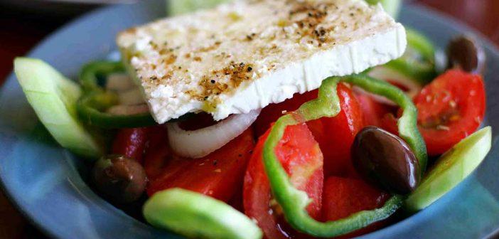 Греческий салат – рецепты, история и традиции приготовления Средиземноморского блюда