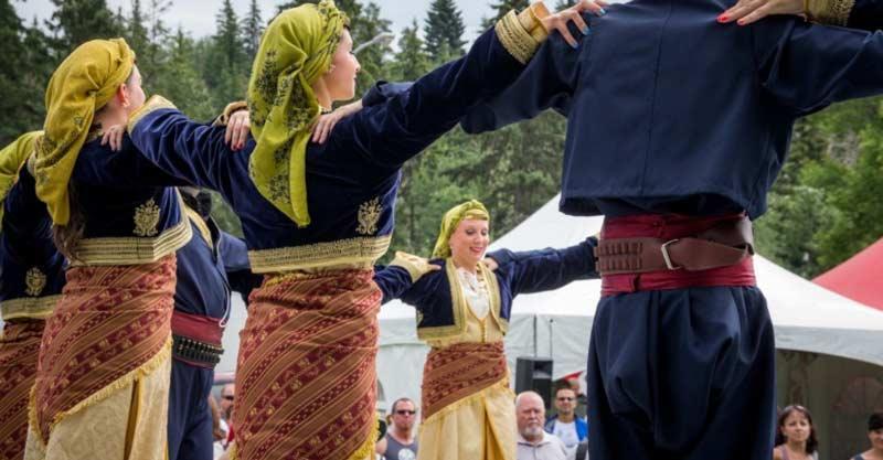 Греческий танец Хасапико