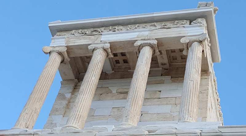 Ника Аптерос в Афинах