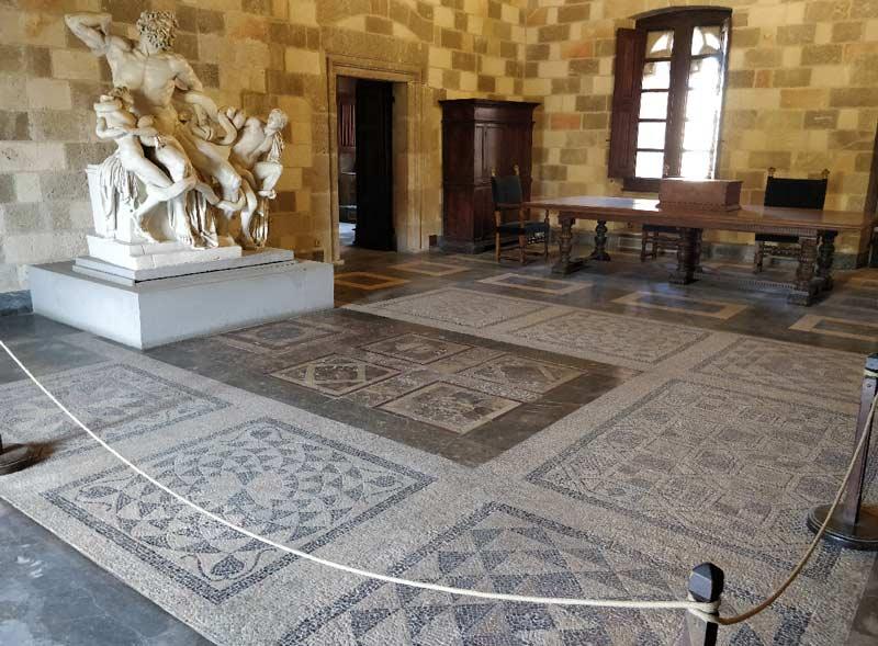 Мозаика Родосской крепости