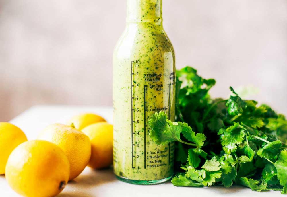 Заправка для греческого салата с лимоном и оливковым маслом