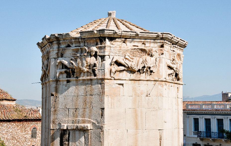 Фриз на Башне Ветров в Афинах