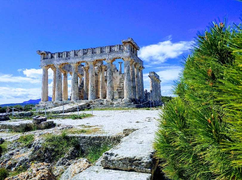 Храм Афайи на острове Эгина фото