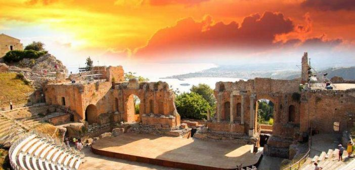 Традиции Греческого театра, история и архитектурные особенности