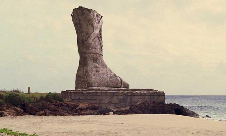 Что собой представляла статуя Колоса Родосского