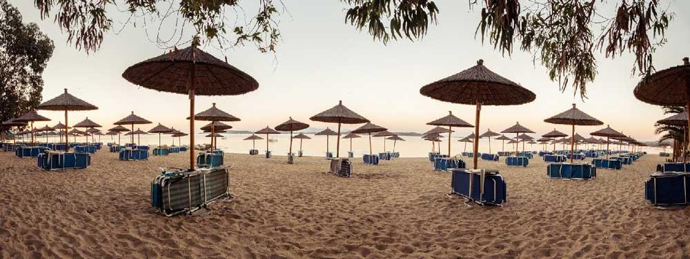 Море в Alexandros Palace Hotel suites 5