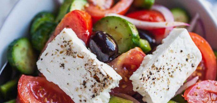 Салат греческий классический: ингредиенты, оригинальная рецептура, тонкости приготовления