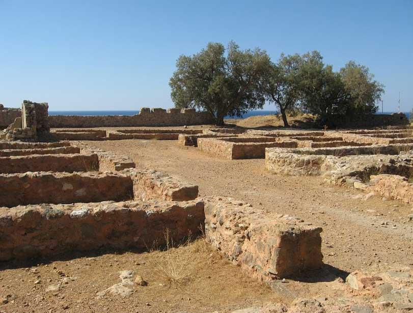 Замок Палеохора на Крите