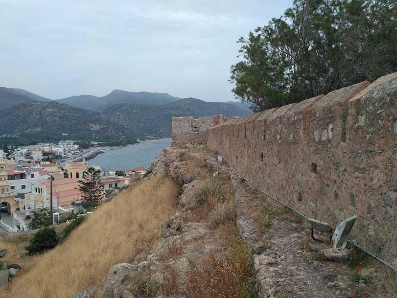 Замок Палеохора