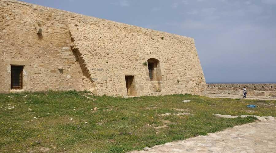 Замок Ретимно