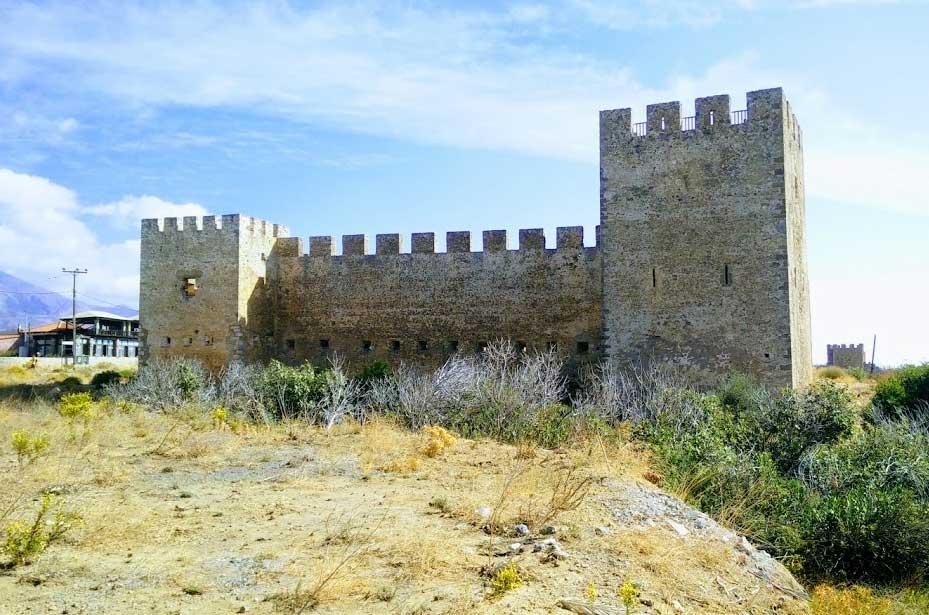 Замки Крит
