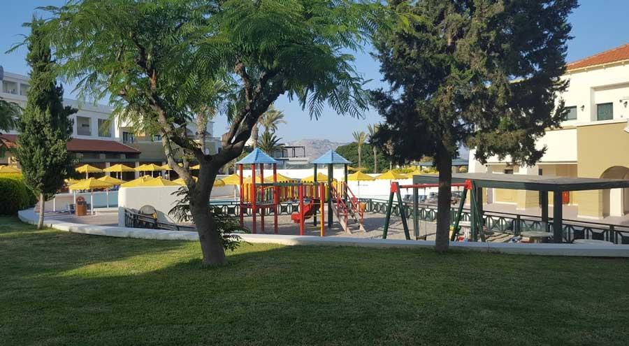 Детская площадка Пляж mitsis rodos maris
