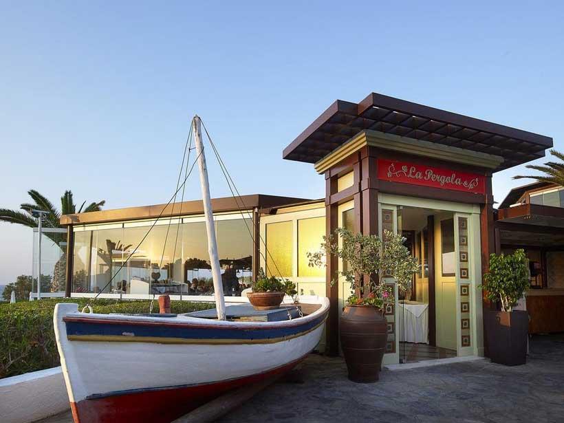 Питание в Бассейны в отеле Aldemar Cretan Village 4*