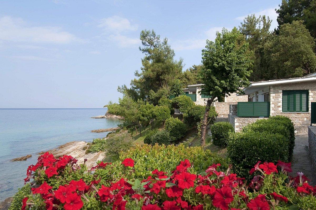 Вид на бунгало отеля Макриамос