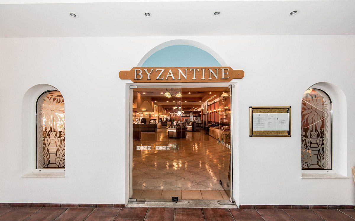 Ресторан Byzantine на территории отеля