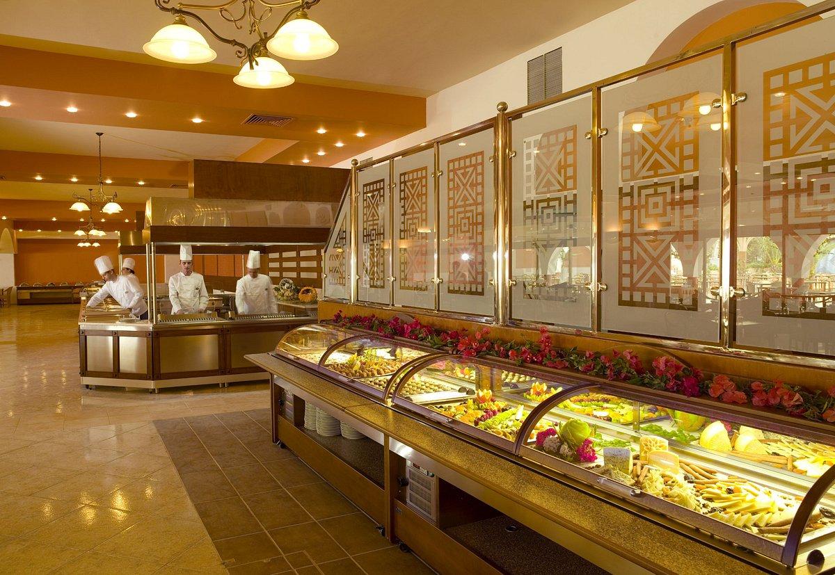 Ресторан при отеле aldemar paradise village